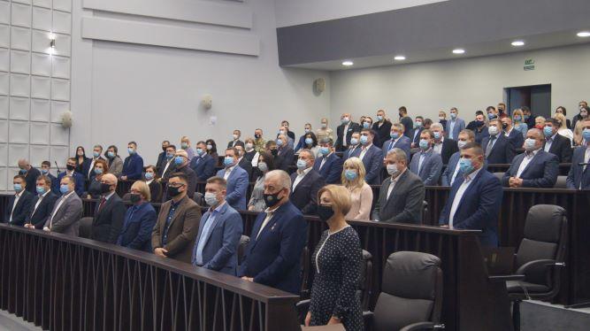 «Раби Божі депутати». Перша сесія Тернопільської обласної ради, як це було